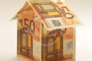 Compraventa con pago aplazado y condición resolutoria,  frente al leasing inmobiliario: diferencias